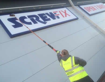 Signage-Cleaning-1